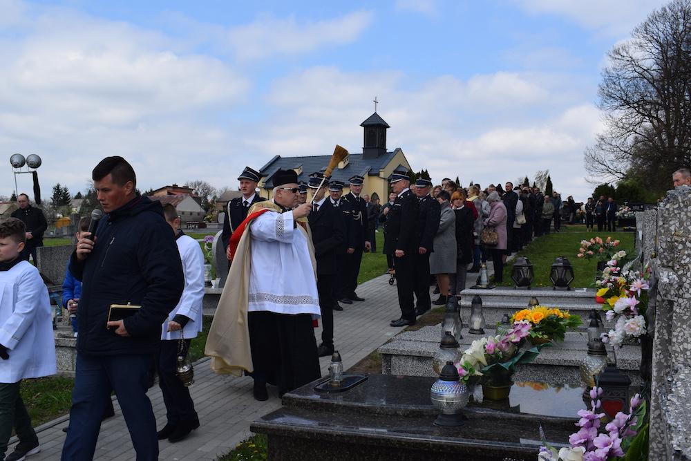 Procesja na Cmentarz w Poniedziałek Wielkanocny